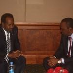 الصومال وكينيا يتفقان على حل النزاع الحدودي البحري خارج نطاق المحكمة